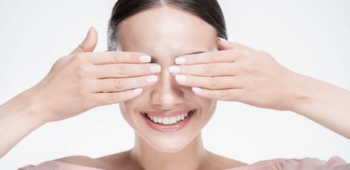 Aunque las ojeras sean una parte más de la madurez de nuestra piel, también es cierto que puede haber causas que estén acelerando el proceso y que debes conocer