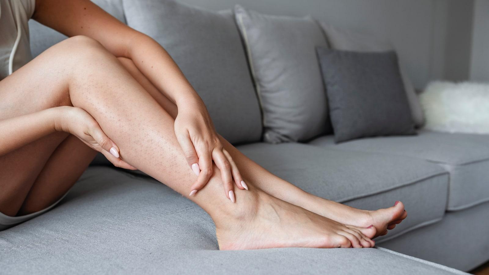 puntos rojos en las piernas