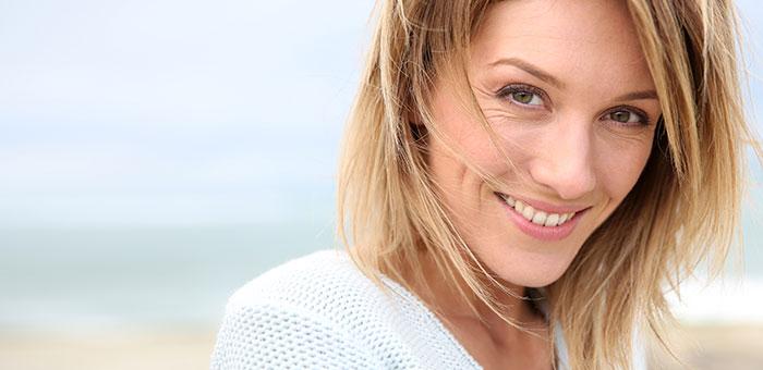 Hedona-primeras-arrugas-mujer-facial
