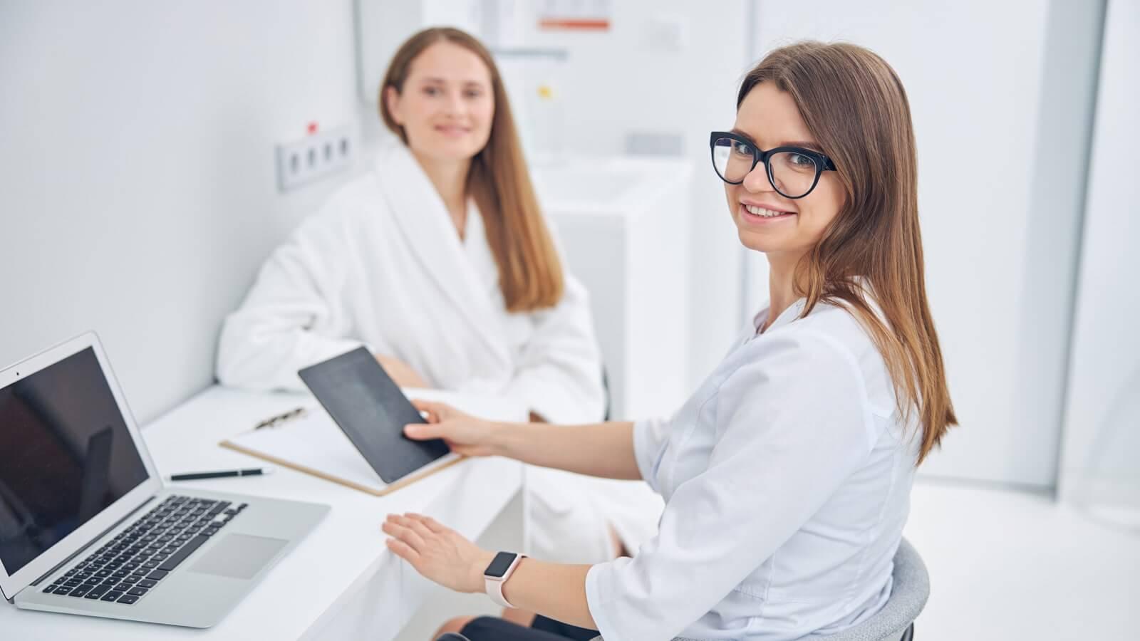 acido hialuronico precauciones embarazo